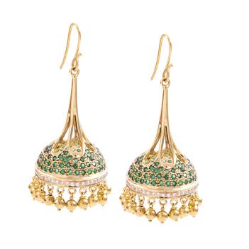 Moghul Inspired Jhumki with Diamonds & Emeralds