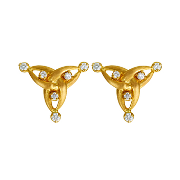 Beguiling Diamond 18K Gold Stud Earrings