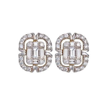 Scintillating Diamond and 18K Gold Stud Earrings