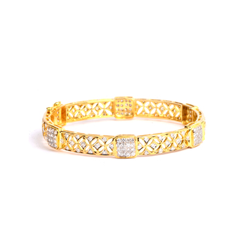 Floral Diamond Bangle in 18K Gold (2'4 Size & 1pcs)