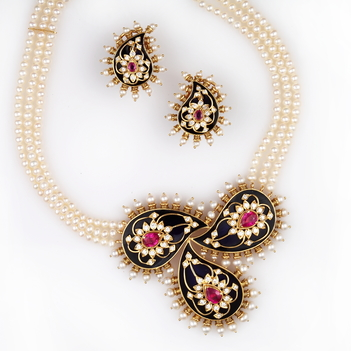 Breathtaking Meenakari Paisley with Diamond Ruby and Pearl Necklace Set
