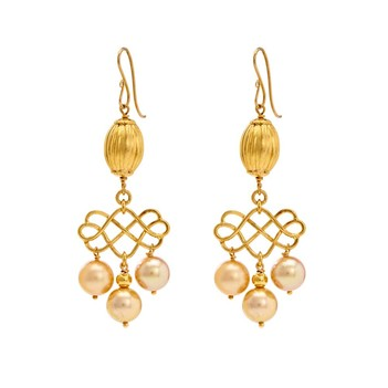 Exquisite Gold Pearl Drops
