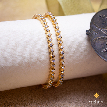 Royal Closed Setting Diamond & 22K Gold Bangle (2'4 Size & 2pcs)