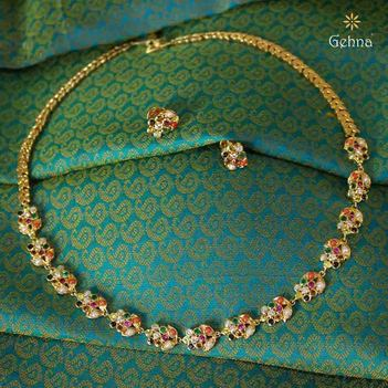 Classic 22K  Navratna Gold Necklace Set