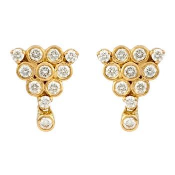 Resplendent Diamond and 18K Gold Stud Earrings