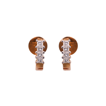 Suave Diamond and Gold Earrings