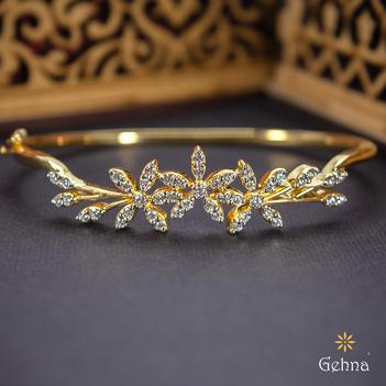 Suave 18K Gold and Diamond Bracelet