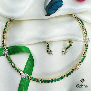 Verdant Gold, Diamond and Emerald Necklace Set