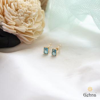 Blue Topaz Beauty 18K Gold Stud Earrings