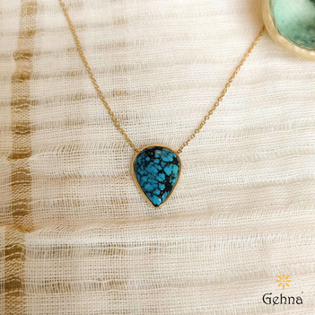 Textured Natural Turquoise 18K Gold Pendant (16 inches)